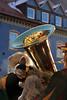 D'r Alt Esel isch au dabei (gripspix (OFF)) Tags: 20180216 rottweil germany deutschland badenwürttemberg fsnet fastnacht carnival brass blechblasinstrument tuba reflection reflxion spiegelung esel donkey symbol