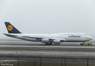 Lufthansa 747-8 D-ABYJ