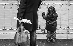 Prison. (Canad Adry) Tags: paris canal saint martin konica hexanon ar 135mm f32 street noir et blanc black white child children water eau dos back sony alpha a6000 e mount vintage old manual manuel focus lens objectif