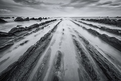Vanishing Point (dwfphoto) Tags: flysch barrika spain basque region lowtide tides