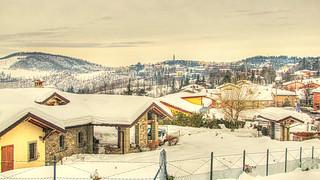 * Monghidoro: a unique snow view *