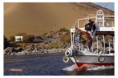 Navegando por el Nilo (mariadoloresacero) Tags: pretty beauté belleza acero mdacero ilca68 sony dessert desierto ships croisières bâteaux cruceros barcos egypt egypte egipto river rivière río nilo