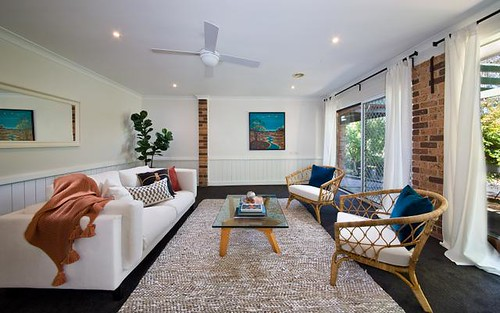 44 Flora Street, Wentworth Falls NSW