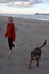 Maria, Buff und Izzy freuen sich über den eigenen Strand.