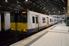 London Overground 315810 (Will Swain) Tags: london liverpool street station 23rd december 2017 greater capital city south east train trains rail railway railways transport travel uk britain vehicle vehicles country england english class 315 overground 315810 810