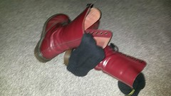 20170923_075257 (rugby#9) Tags: drmartens boots icon size 7 eyelets doc docs doctormarten martens air wair airwair bouncing soles original 14 hole lace docmartens dms cushion sole yellow stitching yellowstitching dr comfort cushioned wear feet dm 14hole cherry indoor 1914 boot footwear socks bootsocks greysocks greybootsocks shoe
