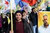 Déterminée... (PASCAL.VAN) Tags: paris manifestation afrin efrîn 2018 kurdes yongnuo demo drapeau