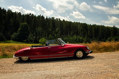 The goddess (uhx72) Tags: car citroën ds convertible historic technicalmonument lines red clouds sky