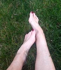 Outdoor (newport50) Tags: outdoor sexy sexyfeet woods foot fetish ankles rednails arched cold pretty barefoot barefeet bare grass
