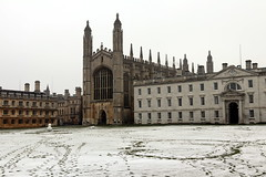 Cambridge (mbphillips) Tags: cambridgeshire unitedkingdom greatbritain britishisles england mbphillips johnwastell reginaldely gothic architecture sigma1835mmf18dchsm europe 欧洲 유럽 europa reinounido 영국 잉글랜드 英国 英格兰 剑桥 케임브리지 ケンブリッジ geotagged photojournalism photojournalist kingscollege cambridge 캠브리지 canon80d snow 雪 nieve 눈 travel angleterre inglaterra 英國 イングランド