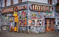 - cinema - (-wendenlook-) Tags: color colors urban architektur architecture grafitti kino cinema berlin friedrichshain sony a7ii alpha7ii 3528 35mm zeiss 180 f63 iso100