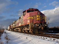 After the storm (Robby Gragg) Tags: atsf bnsf c449w 683 lockport