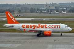 "easyJet UK G-EZIL Airbus A319-111 cn/2492 Named ""Spirit of easyJet"" Feb 2013 - Jan 2017 @ LSZH / ZRH 23-02-2018 (Nabil Molinari Photography) Tags: easyjet uk gezil airbus a319111 cn2492 named spiritofeasyjet feb 2013 jan 2017 lszh zrh 23022018"