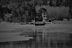 6Q3A3522 (www.ilkkajukarainen.fi) Tags: suomi suomi100 finland finlande eu europa scandinavia winter ice jää talvi lossi water vesi rymättylä rengastie saariston saaristo turku archipelago rööla blackandwhite mustavalkoinen monochrome cable ferry meri sea cold