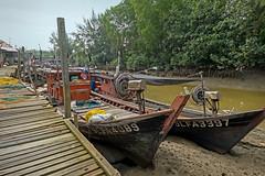 Low tide (zol m) Tags: morib jetty rivermouth lowtide fishingboat primelens fujinon xpro2 fujifilm zolsimpression zolmuhd