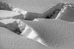 Banquise 1 (Patrice StG) Tags: icefloe icepack banquise glace ice neige snow québec kp pentax pentaxart nb bw noiretblanc blackandwhite winter hiver stlaurent stlawrence stlawrenceriver fleuvestlaurent tonemapping mantiuk06