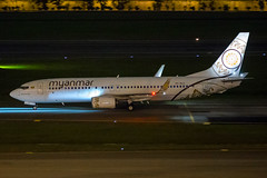 Myanmar Boeing 737-86N XY-ALC (Mark Harris photography) Tags: spotting plane aviation canon 5d changi