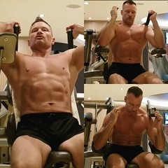 seated ab crunch (ddman_70) Tags: shirtless abs workout muscle pecs gym crunch