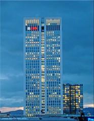 Frankfurt am Main - Blaue Stunde (Blue hour, L´Heure Bleue)