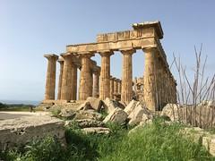 IMG_6001 Selinunte (34) (archaeologist_d) Tags: sicily italy selinunte archaeologicalsite archaeologicalruins templee templeofhera