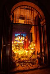 Dolores regional 01 (supernova.gdl.mx) Tags: altar incendio viernes virgen dolores museo regional guadalajara mexico tradicion religiosa catolica semana santa dolorosa cuaresma vela luz fuego