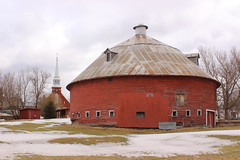 Round Barn in Mansonville (pegase1972) Tags: qc québec quebec canada barn roundbarn estrie easterntownships winter hiver snow neige church église