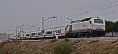 Talgo Badajoz Madrid (alberto vtr) Tags: talgo tren ferrocarril renfe operadora vossloh 334005 ffcc estacion parque polvoranca linea madrid badajoz c5 rail train español trenes de diesel locomotive locomotora vi