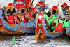 2017-05-28 3025 Taipei Dragon Boat Festival 2017 - Dajia Riverside Park (Badger 23 / jezevec) Tags: dragon dragonboat festival taiwan history culture travel tourism duanwufestival zhongxiaofestival 忠孝節 龍船節 龍舟節 端午节 端午節 龍舟 龙舟 龍船 龙船 taipei ֵ台北 臺北市 taipeh taןpeh ταϊπέι 타이페이 тайбэй 台北市 ტაიბეი تايبيه taibei đàibắc taipé tchajpej rowing sports boat barco шлюпка 배 ボート barca βάρκα bateau 小船 člun veneillä csónak łódź boating vessel photo picture image watersports watercraft asia tradition teamwork water 大佳河濱公園 dajiariversidepark