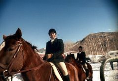 1a-214 (ndpa / s. lundeen, archivist) Tags: nick dewolf nickdewolf photographbynickdewolf 1977 1970s color 35mm film 1a reel1a aspen colorado fall autumn snow november rockymountains foxhunt hunt woodycreek woodycreekhounds roaringforkvalley equestrian equestrians horse horses horseback rider riders hat hats jodhpurs woman women boots ranch building barn vehicles parkinglot roaringforkhunt roaringforkhounds