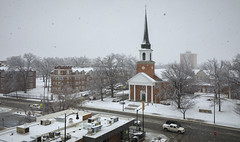 March Snow (Notley Hawkins) Tags: httpwwwnotleyhawkinscom notleyhawkinsphotography notley notleyhawkins 10thavenue church broadway march snow snowflakes 2018 firstbaptistchurch columbia missouri downtowncolumbiamissouri downtown architecture snowday