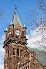 Mary Lyon Clock (Rebecca Leyva) Tags: travel pioneervalley southhadley massachusetts students campus academic time brick building hall marylyon mtholyoke mountholyoke college mhc tower clock
