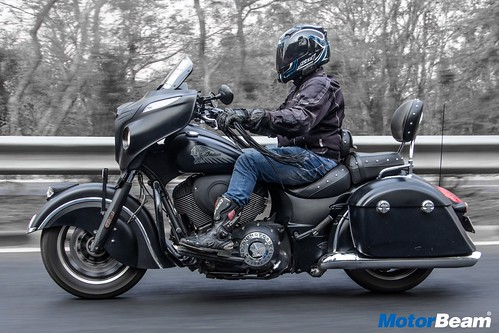Indian-Chieftain-Dark-Horse-02