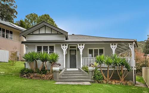 52F Pass Av, Thirroul NSW 2515