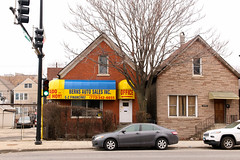 Bern's (Josh Koonce) Tags: chicago patterns urban builtenvironment house cottage commercialconversion yellow awning