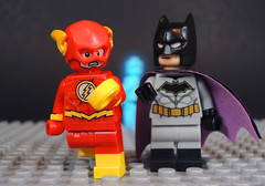 The Button (-Metarix-) Tags: lego super hero minfig dc comics comic doomsday clock rebirth universe flash batman drmanhattan watchmen comedian button the new 52 flashpoint