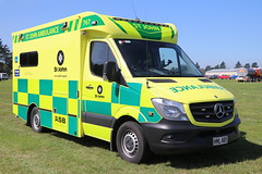 HML 405 (ambodavenz) Tags: mercedes mercedesbenz ambulance ashburton actionmotorbodies midcanterbury emergencyservicesday turnkey stjohn