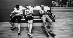 Siesta @ national museum (Phg Voyager) Tags: phgvoyager museum sleep sleeping men asian asia singapore national bench funny smile happy indoor bw leica 18mm m9 smartphone sleepy mouth 3 exhausted sg spore baskets running