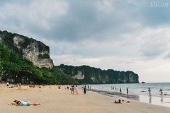 Ao Nang Beach (D. R. Hill Photography) Tags: aonang beach krabi thailand sea seaside seafront coast asia southeastasia andamansea tropical sand travel nikon nikond750 d750 nikon28mmf18g 28mm primelens fixedfocallength wideangle
