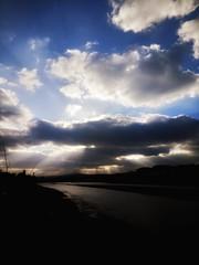 Sunset rays (jackyjulyan) Tags: sunset light estuary water waterscape hayle cornwall rays sun beauty