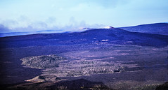 Pu'u 'Ō'ō  on the Morning of December 24, 2017 (wyojones) Tags: hawaii bigisland pu'u'ō'ō cindercone volcaniccone eruption smoke kīlaueavolcanoseastriftzone kīlaueavolcano eastriftzone hawaiivolcanoesnationalpark kīlauea lavaflows helicopter aerialphoto aerialview volcano geology volcanology kīpuka wyojones np