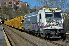 253 (firedmanager) Tags: renfe portacoches railtransport renfeoperadora renfemercancías ferrocarril freighttrain tren train trena 253 bombardiertraxx