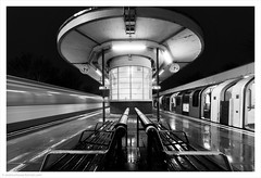 Northbound/Southbound, Hainault Tube Station, North London, UK (Andrew James Howe) Tags: london lt mono blackandwhite londontransport tube hainault hainaulttubestation station artdeco trains