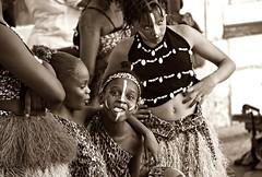 The dancers! (Jorge Cardim) Tags: dancers dançarinas musica music