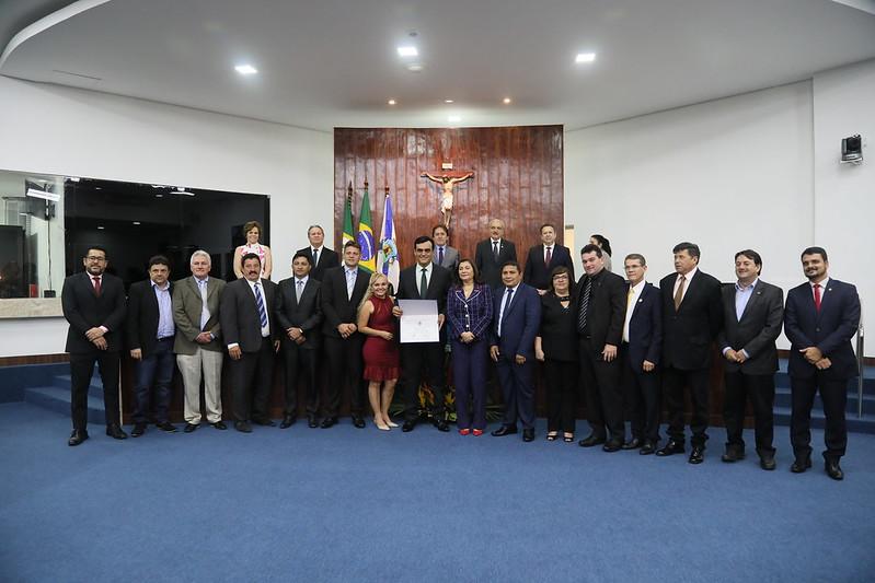 Sessão Solene para a outorga do Título de Cidadão de Fortaleza ao prefeito de Caucaia, Naumi Gomes Amorim