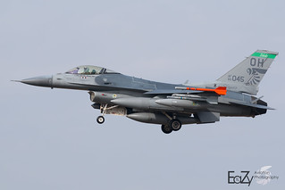 89-2045 United States Air Force General Dynamics F-16CM Fighting Falcon