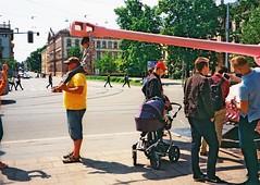 Olympus Mju II - Street 02 (Kojotisko) Tags: streetphoto olympusmjuii superiaxtra400 brno czechrepublic czechia