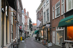 Den Haag am 19.02.2018 (pilot_micha) Tags: 19022018 abend denhaag februar2018 gasse geschäft holland nl netherland niederlande stadt strase südholland winter zuidholland city evening shop street streetview