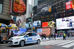 Hard Rock Cafe Times Square - New York (sigi-sunshine) Tags: newyork timessquare hardrockcafe hardrockcafenewyork nypd newyorkpolice usa america manhattan neonlights bigapple ny urban city street polizeiauto