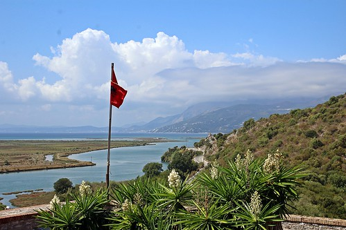Flag with a view - Albania day trip - Venetian Castle Archaeological Museum