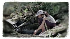 concentração (jakza - Jaque Zattera) Tags: criança marima pensativa zen natureza marina
